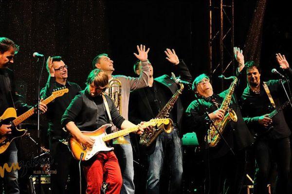 The Bluesberry band